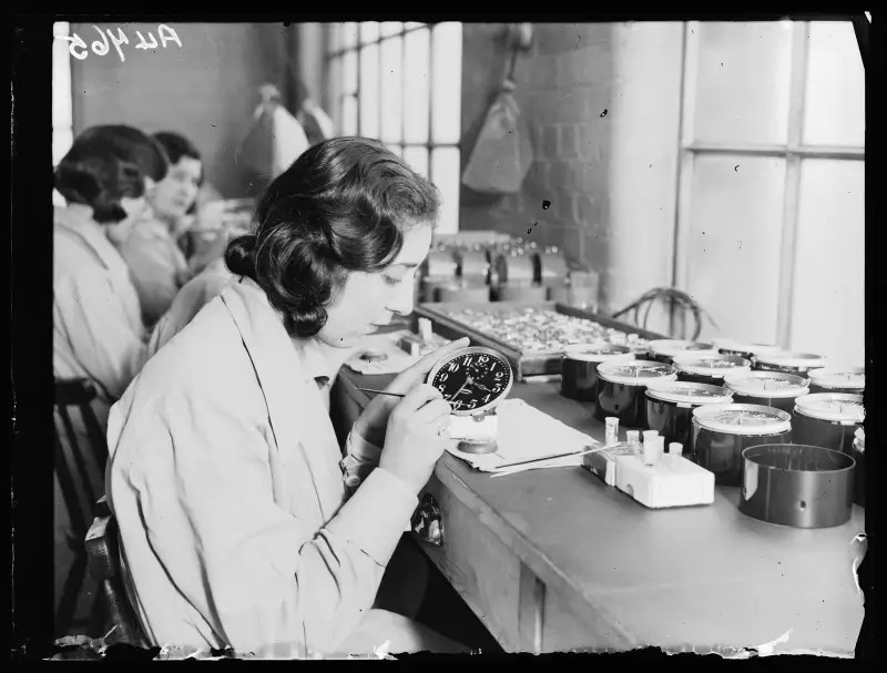 THE MESSED UP TRUTH ABOUT THE RADIUM GIRLS